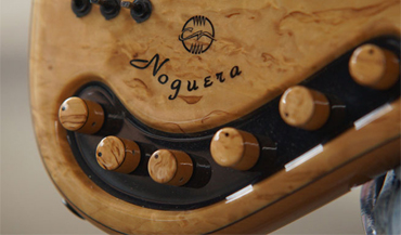 Bruno-Chaza-Bass-Signature-Fretless